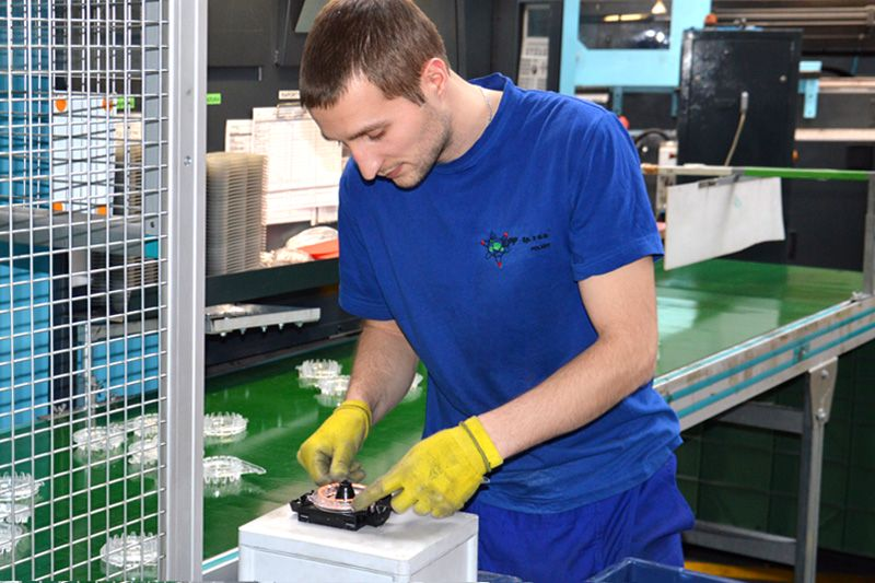 EPP Mould-Injection-Employee-005
